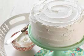 5 Cake Decorating Tips And Tricks That Turn An Ordinary Cake Into A