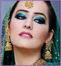 indian bridal makeup green 520 568 jpg