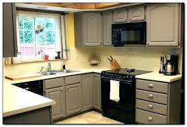 good colors for kitchens best color for kitchen cabinets beautiful colors to paint kitchen cabinets ideas