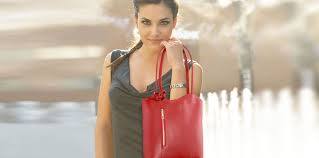 tuscany leather animated bags collection