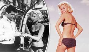 Suzanna Leigh: The British blonde bombshell who co-starred with Elvis  Presley   Express.co.uk
