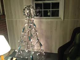 Chicken Wire Christmas Lights Chicken Wire And Tobacco Stick Tree Diy Christmas Tree