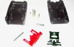 mechanism to fix a seat belt buckle
