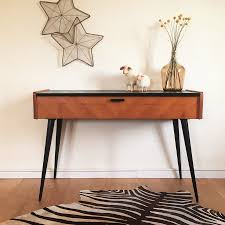 Image of: Modern Foyer Table Vintage