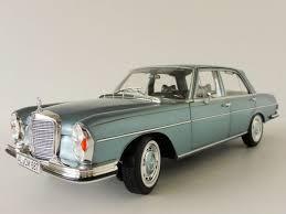 Front, driver and passenger side, inner and outer components : Mercedes Benz 280se 280 Se 1968 Light Blue 1 18 Norev 183760 For Sale Online Ebay