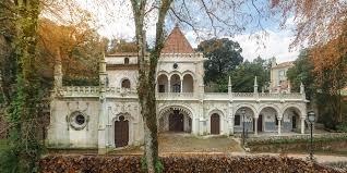 Resultado de imagem para imagem do palacete da cocheira na quinta da regaleira