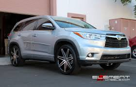 Lexani Johnson 22 inch on 2014 Toyota Highlander w/ Specs ...