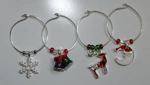 charms set of 4 these wine are made 1 rings silver plated wire glass beads and whole glass wine charms at random gold