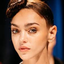 eyelash extensionakeup everything you need to know