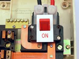 wylex standard white plastic fuseboxes main switch details for a white plastic wylex fusebox