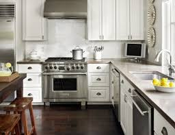 Modern White Painted Kitchen Cabinets