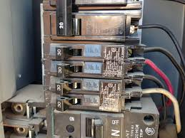 electrical using a 30 amp tandem circuit breaker for a 120 240v suspect breakers