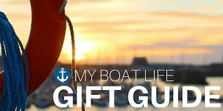 each year we try to put together a collection of the best boating gift ideas to help with your holiday ping to help you select the perfect boating or