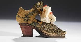 scarpa in seta con ricami