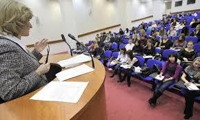 Учеба в Польше выгодно всем студенты в учебном зале