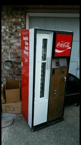 Coca Cola Vending Machine For Sale Delectable CocaCola Vending Machine For Sale In Everett WA OfferUp