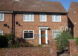 Thumbnail 2 Bed Maisonette To Rent In Beechwood Gardens, Slough