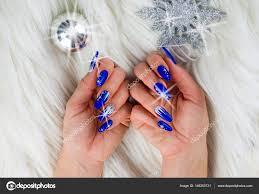 Vánoční Modré Nehty Stock Fotografie Pmmart 146253731