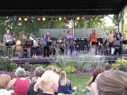 pan jumbies performs at hudson gardens