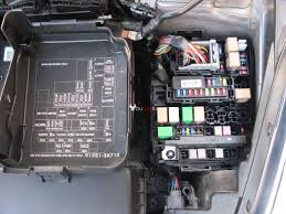 hyundai elantra fuses location, box, list, chart 2011 16 Hyudnai Sonata Fuse Box Intrnal fuse box location diagram hyundai elantra