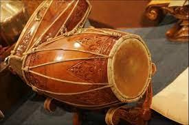 Yuk, kenali gambar alat musik tradisional dari tiap daerah berikut ini! 10 Alat Musik Pukul Beserta Gambar Penjelasan Lengkap