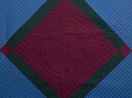 Center Diamond Quilt -- great well made Amish Quilts from ... & ... Amish Center Diamond Quilt Photo 3 ... Adamdwight.com