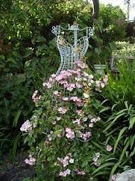 garden whimsy | Garden whimsy, Romantic garden, Garden projects