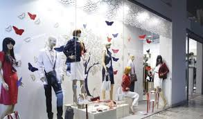 Retail Visual Merchandiser Visual Merchandising The Silent Salesman You Cant Ignore