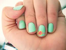 7 Summer Nail Art Ideas To Try When You're Lounging Poolside