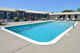 best western franklin inn mobility accessible swimming pool