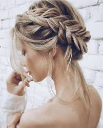Cool Easy Hairstyles 34 Inspiration Pretty Fishtail Updo B R A I D Pinterest Fishtail Updo Of Shiny Hair