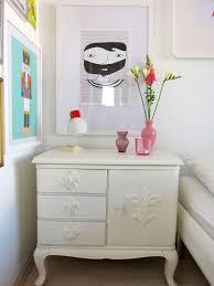 Die shabby chic farben sind kreideweiß, pastellrosa und hellblau. Shabby Chic Schlafzimmer Einrichten Und Dekorieren