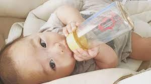 Trẻ sơ sinh bú bao nhiêu ml sữa là đủ để phát triển tốt, tăng cân nhanh?