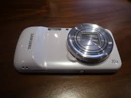 Hands-On With Samsung's Galaxy S4 Zoom ...