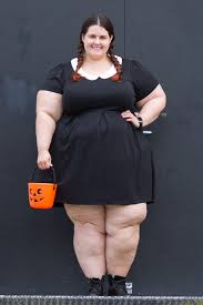 plus size wednesday addams costume plus size blogger meagan kerr dresses up as wednesday addams for