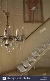 Haus Metallische Treppe Kronleuchter Mit Kerzen Weiße