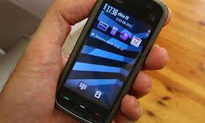 Elisa toob Eestis müki onePlusi telefonid, teisipäevast saab