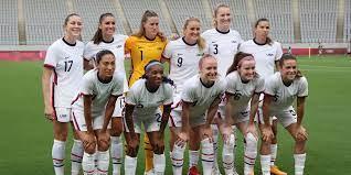 US women's soccer team throws their own ...