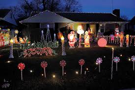 the home at 416 riverside drive in fredericksburg has a bright display