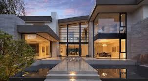Not An Ordinary Modern House: La Jolla Residence in LA, California