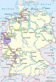 Geregelte flussstrecken, 42 % staugeregelte flussstrecken und 24 % künstliche wasserstraßen (kanäle). Diercke Weltatlas Kartenansicht Deutschland Schiffsverkehr 978 3 14 100800 5 64 4 1