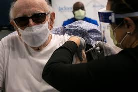 Coronavirus: cuáles son los requisitos para vacunarse en Miami y por qué  genera polémica la aplicación a turistas - LA NACION