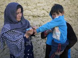 who emro afghan women leading the battle against polio photo credit who r akbar 24 year old sakina marks a