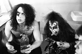 5 amazing photos of kiss without makeup in the 70 s rock n roll lrock n roll l