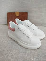 Wholesale Designer Shoes Fashion Fashion Sneakers Designer Wholesale Shoes With Real Leather Fur Back Top Quality Shoes Size 35 46 Suede Shoes Shoe Sale From Factorydesignerbags