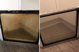 the per also posted a photo of her transformed oven door
