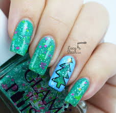 Glowing Christmas Tree Nail Art feat. Glam Polish - Lucy's Stash
