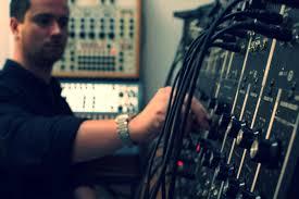 ALEX LOUGH – composer | performer | sound artist