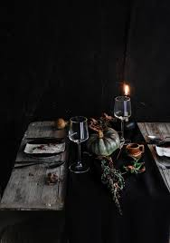 Conjure Up A Dramatic Halloween Table Setting .