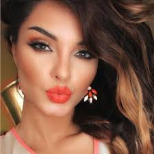 perfect eye shadow and lipstick color binations for a flawless fantastic face